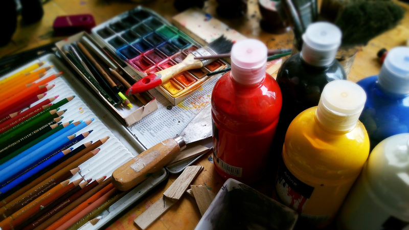 Paint - 100 art therapy exercises